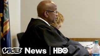 Inside The First Court Designed To Keep Opioid Addicts Alive (HBO) thumbnail