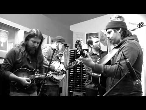 "Greensky Bluegrass - ""Nine Days"" (live on WYCE)"