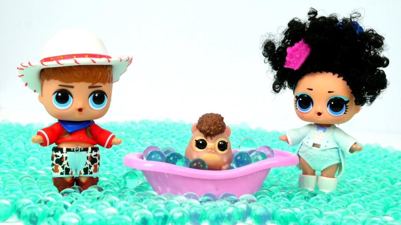 Куклы ЛОЛ изМир LoL устроили потоп вдомике— Видео для самых маленьких скуклами иигрушками