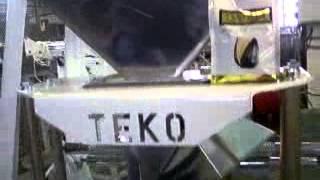 Фасовка с проваркой граней(Фасовочное оборудование, фасовочный автомат, фасовка, фасовочно-упаковочное оборудование, автоматическая..., 2014-05-23T09:44:51.000Z)
