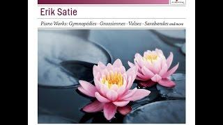 Erik Satie - Les 3 valses distinguées du précieux dégouté: II. Son binocle. Très lent...