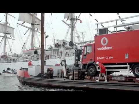 Vodafone first 4G sailing mast - Sail Amsterdam 2015 (ENG Subtitles)