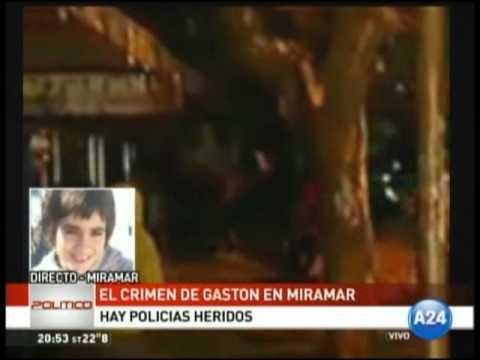 Destrozaron la Municipalidad de Miramar en una marcha por el crimen de Gastón