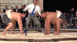 Бишкекте сумо чемпионаты өтүүдө (no comment)