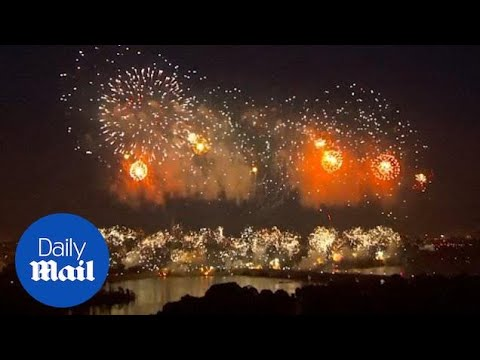 Singers, Flyovers And Fireworks Add To Fourth Of July Spectacle In DC