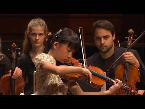Chloe Chua | Mozart Violin Concerto No. 4 | 2017 Zhuhai International Violin Comp | 3rd Prize