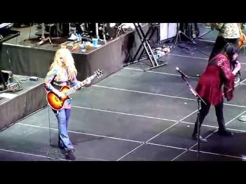 【Heart】 Immigrant Song - Led Zeppelin (Encore 1 of 3) (SF Masonic - 9/17/15)