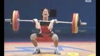 Beim Gewichtheben in die Hose gemacht!