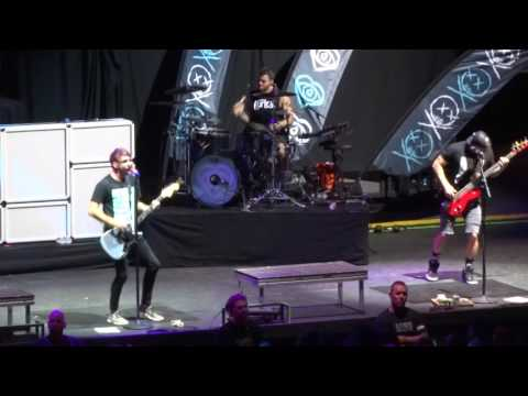 "All Time Low - ""Backseat Serenade"" (Live in Irvine 9-29-16)"
