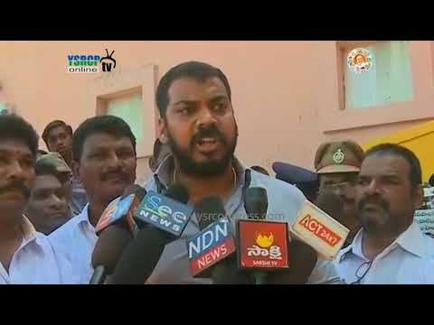 Nellore : YSRCP MLA Anil Kumar Yadav fire on Authorities over Public toilets issue - 14th Sep 17