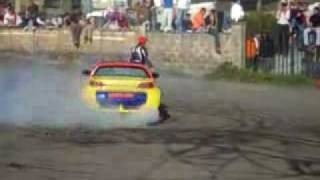 Awesome stunts on an highly modified Smart Roadster