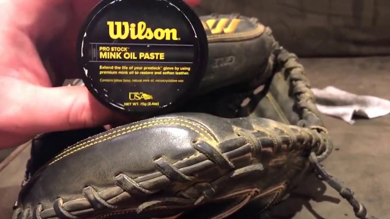 Wilson Pro-Stock Premium Mink Glove Oil