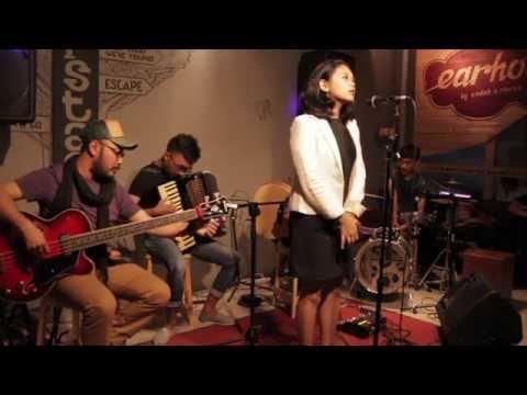 SVARNA feat Natasha Attamimi - Diwajahmu Kulihat Bulan