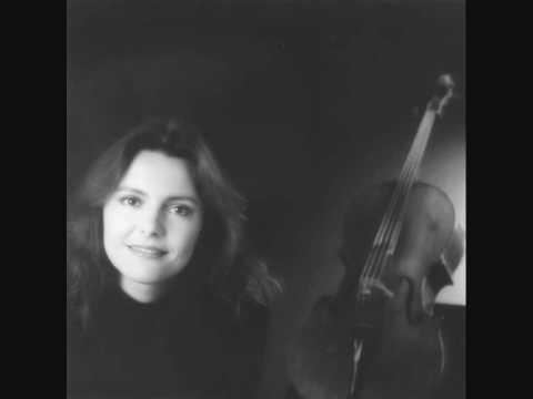 Michaela Fukačová -  Martinů 7 Arabesques Nr. 5 Adagio