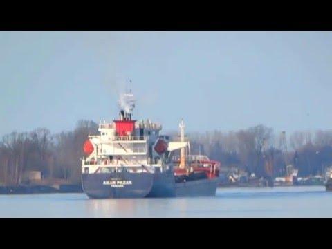 AKAR PAZAR departure from Port of Riga