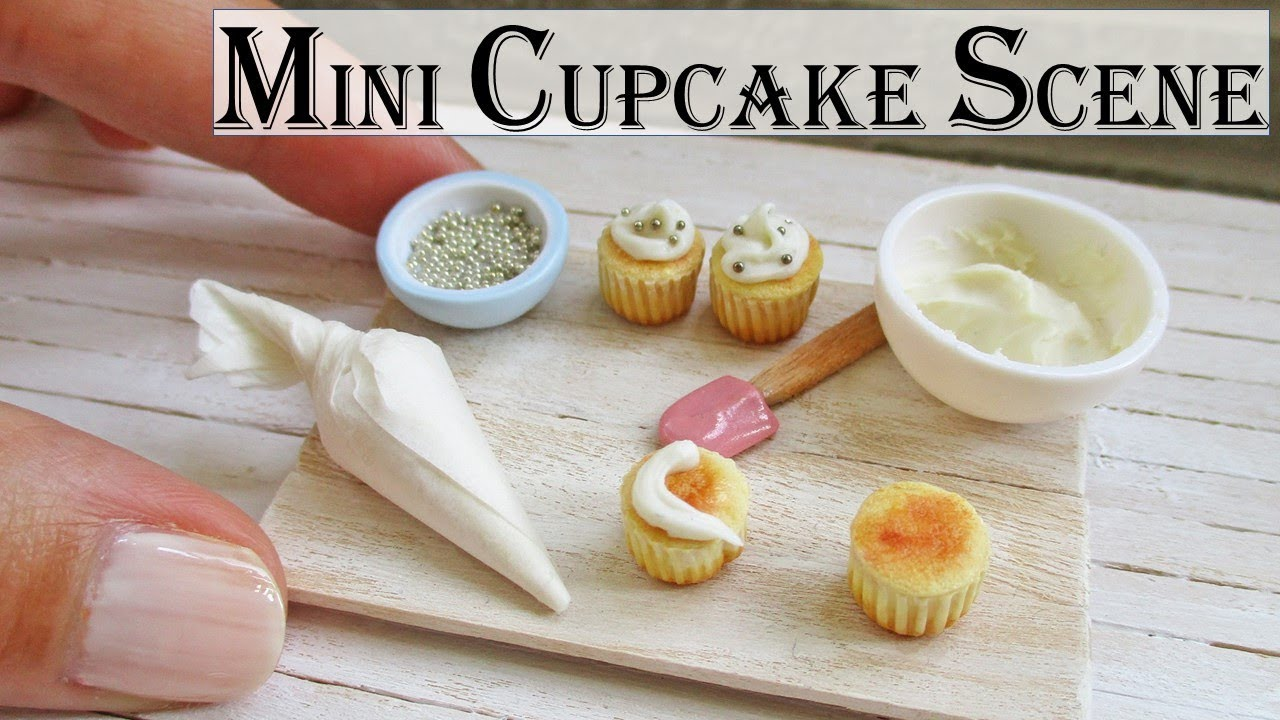 Miniature Polymer Clay Cupcake Decorating Scene Tutorial || Maive Ferrando