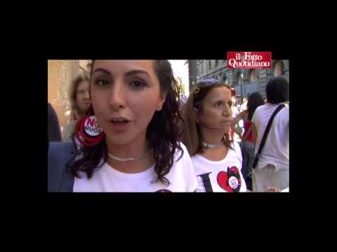 """Corteo No Muos a Palermo, i manifestanti: """"Le antenne Usa ci fanno ammalare"""""""