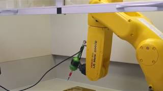 Биопечать с помощью роборуки