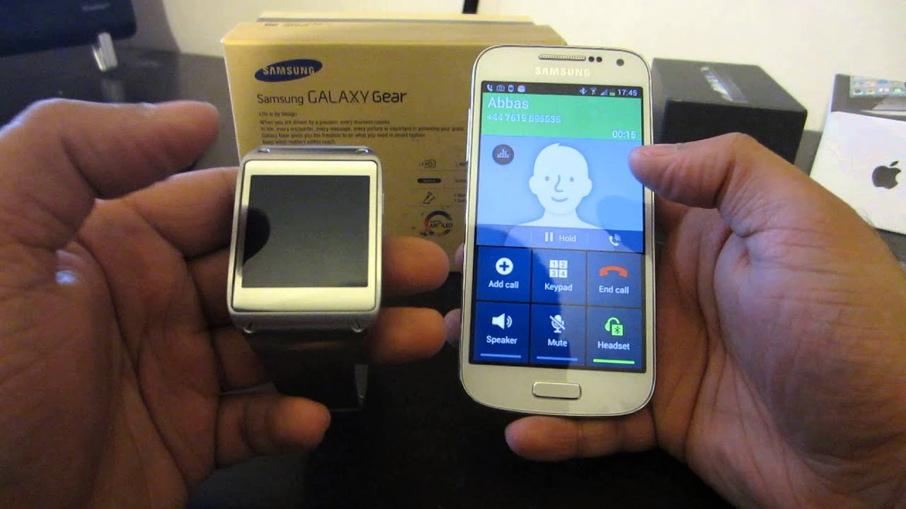 samsung galaxy s4 mini samsung galaxy gear unboxing. Black Bedroom Furniture Sets. Home Design Ideas