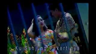 [HD] Ukays - Kerana Pepatah Lukaku Berdarah [ORIGINAL VIDEO KLIP] MP3
