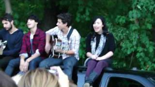 Jonas Brothers & Demi Lovato Get Back/SOS