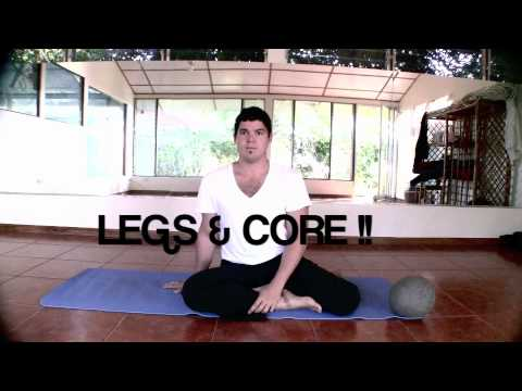 **Fitness yoga-X-training with Damian Viera**