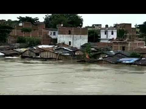 Encroachment of Budhi Gandak river in Muzaffarpur made home in the middle of river