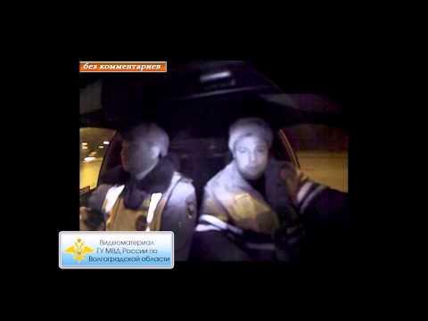 В Волжском пьяный водитель с ребенком в машине скрывался от полицейских