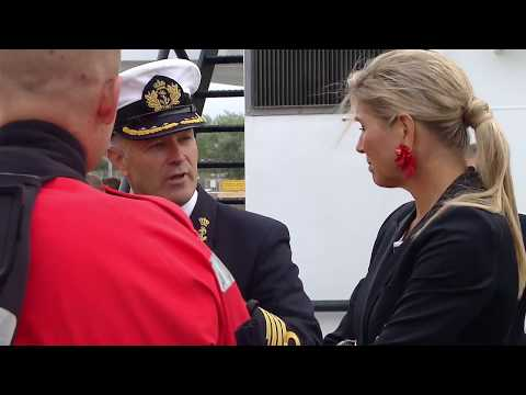 Koningin Máxima bezoekt Kustwacht