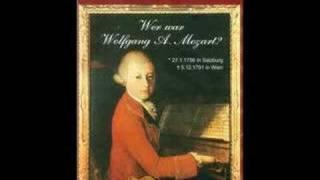 3/5 Menuetto Mozart Divertimento IV KV439b