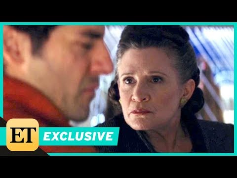'Star Wars: The Last Jedi' Gag Reel -- Carrie Fisher Slaps Oscar Isaac Over 40 Times! (Exclusive)