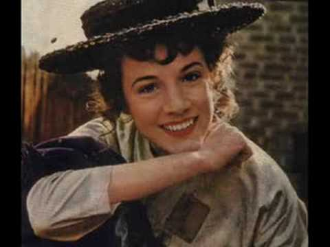 Wouldn't it Be Loverly - Julie Andrews (My Fair Lady )