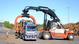 Repeat youtube video Svetruck TMF 28-21 unloading Volvo FH12 6x2 Timber Truck