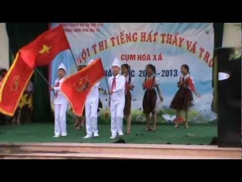 Khăn quàng thắm mãi vai em - Trình bày : Học sinh Trường Tiểu học Vạn Thái