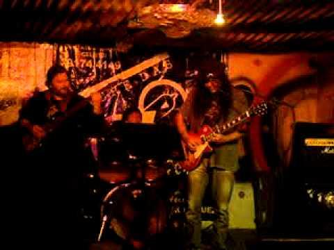 Show da banda Lacre das Virgens no Central Rock Bar (03/09/2011)