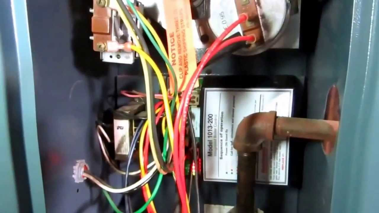 Weil Maclean H E 2 Gas Boiler Cycling On And Off Youtube