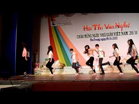 Nhảy Lovey dovey - 11B9 ischool Nha Trang