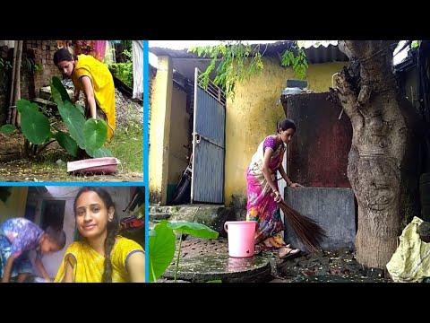 INDIAN HOUSEWIFE EVERYDAY LIFESTYLE VLOG 2019/Arbi ke patte ki Recipe kids/Cleaning/Village Food