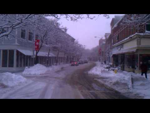 Current Conditions- Live Blogging Main Street Gloucester Video 12/27/10