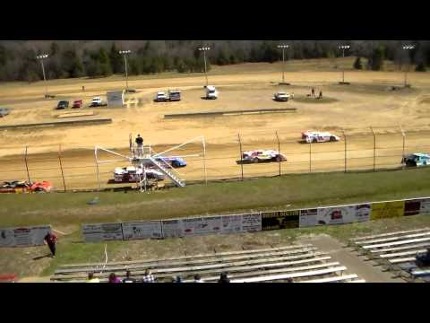 Dog Hollow Speedway - 4/26/15 Crate Late Models, Feature Race
