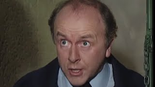 Mr Gas Man! | Bottom | BBC Comedy Greats