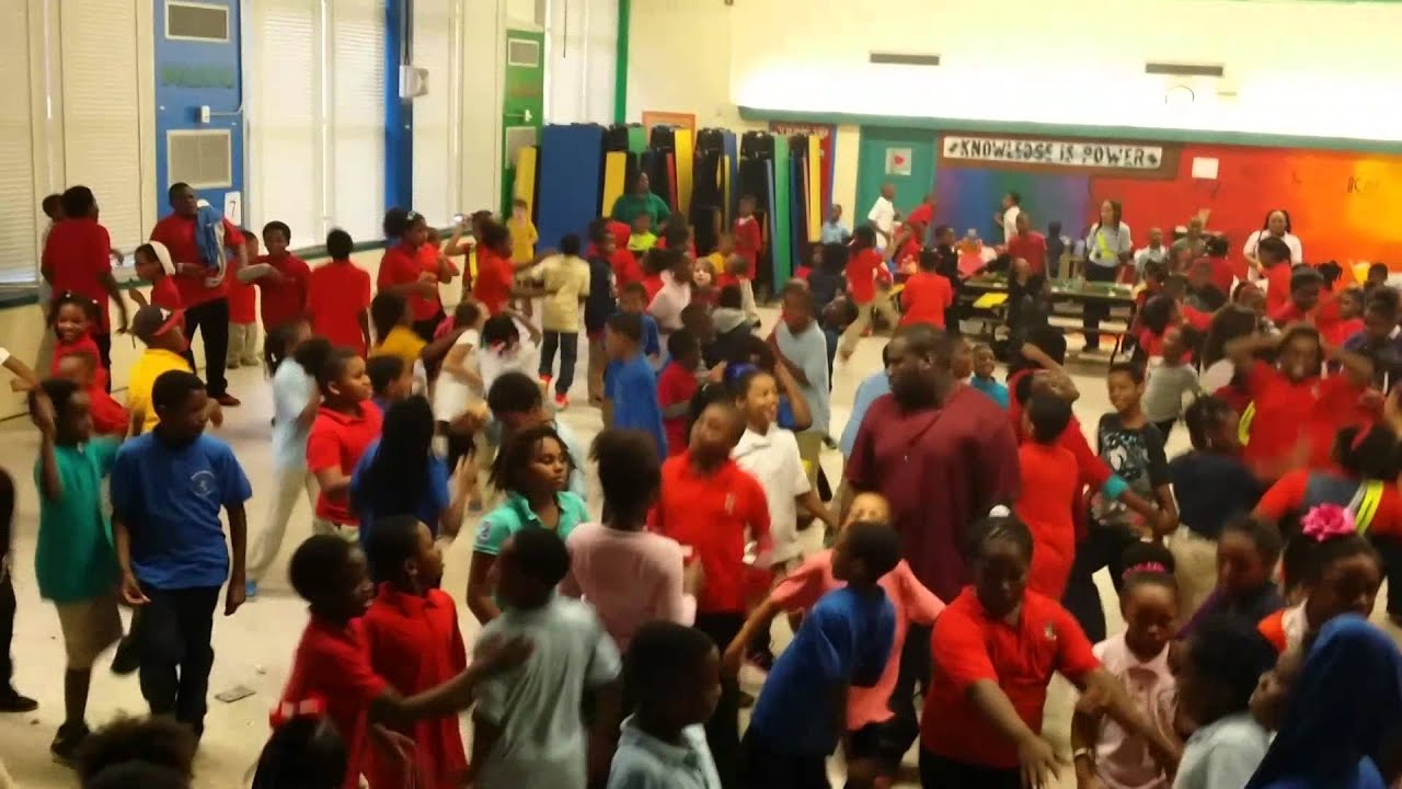 Martin Luther King Jr Elementary School Valentines Dance 2014 With DJ OB1  KANOBE   YouTube