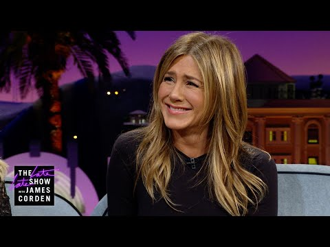 Jennifer Aniston Has a 'Golden Girls' Reboot In Mind for 'Friends'