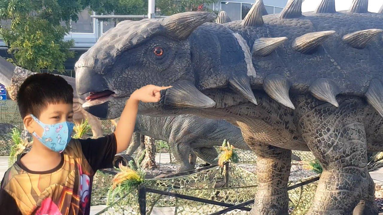 ตะลุยแดนไดโนเสาร์  Dinosaurs World   น้องพอร์ช