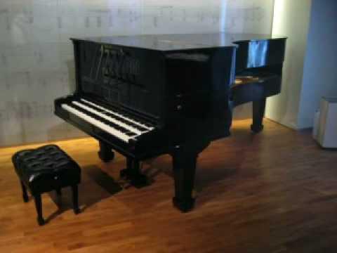 Quartertone Piano Prelude #1