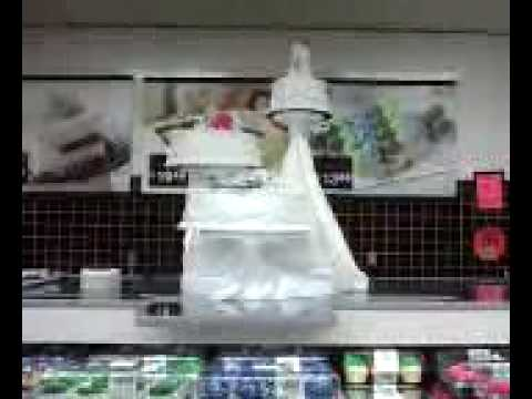 beautiful-wedding-cake-at-walmart