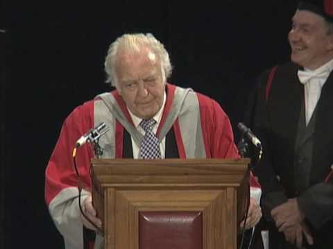 Donald Sinden - Honorary Degree - University of Leicester