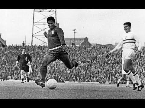 Eusébio - England 1966 - 9 goals