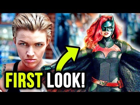 FIRST LOOK at Ruby Rose as BATWOMAN in The Flash Season 5 Crossover!