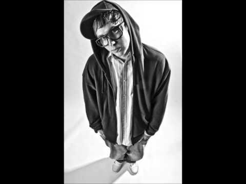 John Denver - Country Roads (Pretty Lights Remix)